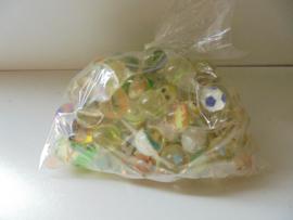 assorti stuiterballen 3 cm prijs per zak a 50 stuks