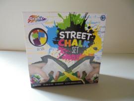 Grafix Street chalk set  krijtspray afm 21x21 cm prijs per doos
