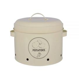 Voorraad blik aardappels