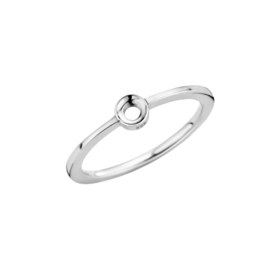 Melano twisted petite ring