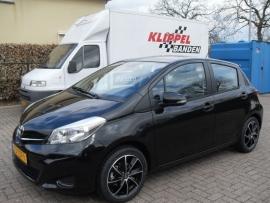 Toyota Yaris met 16`` Rial Lugano BP