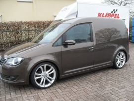 19`` VW Caddy   Audi S3  met 235 35 19 Falken 453