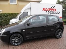 VW Polo met 16`` Rial Milano Titanium en 205 45 16 banden
