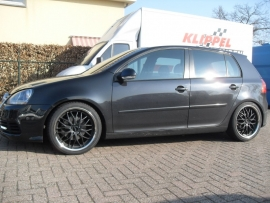 18`` Inter Action GT2 Inox met 225 40 18 Falken 452