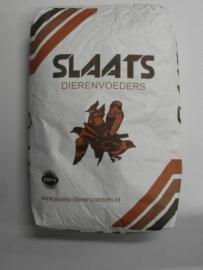 2401Papegaai Premium Slaats