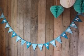 """Vlaggenlijn """"Happy B-day Noah"""" (turquoise)"""