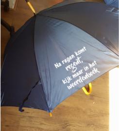 Paraplu na regen komt regent kijk maar in het woordenboek