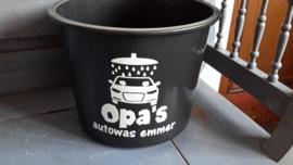 Emmer Opa's autowas emmer