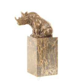 Bronzen Beeld Zittende Neushoorn