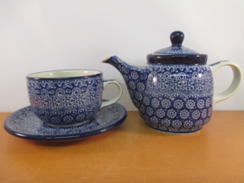 Tea for one 884
