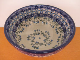 Bowl on foot 206-1820^