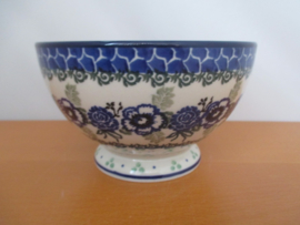 Bowl on foot 206-A13