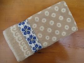 Handdoek Wood Violets- Sand