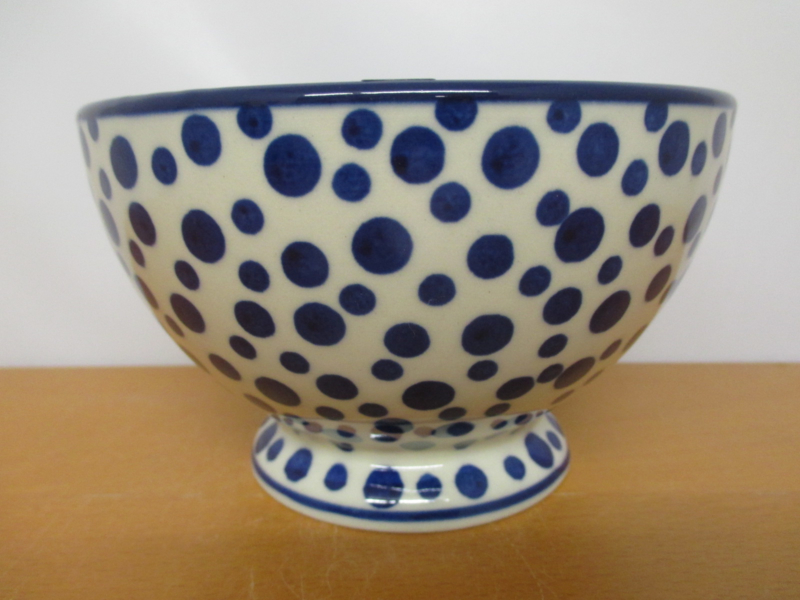 Bowl on foot 206-1813