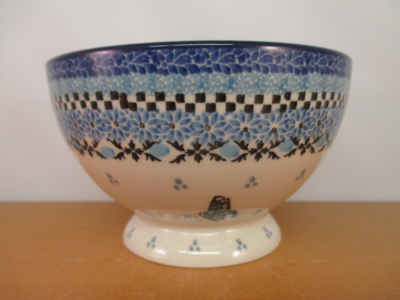 Bowl on foot 206-2341