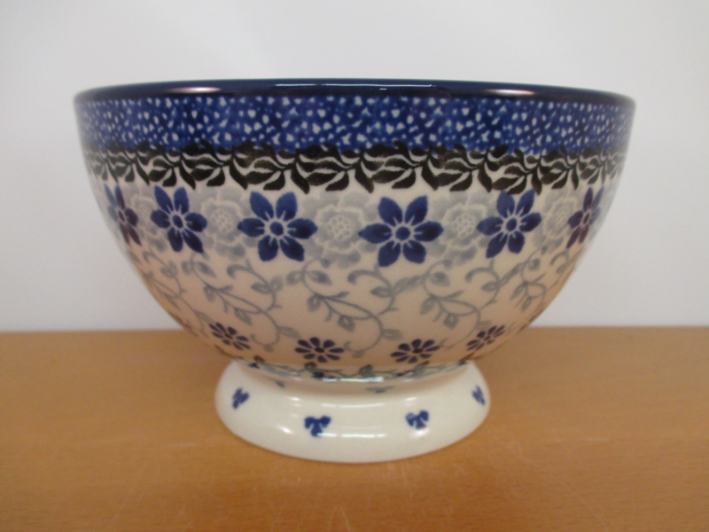 Bowl on foot 206-1829
