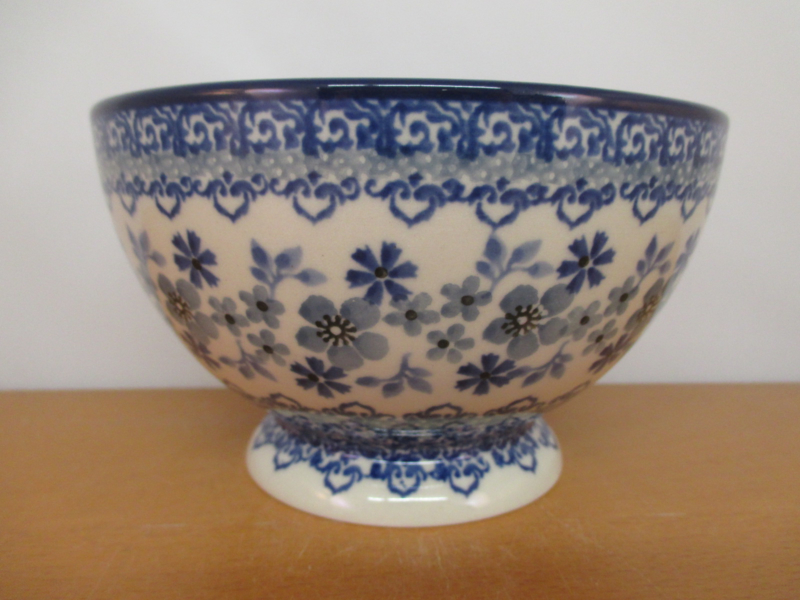 Bowl on foot 206-2333