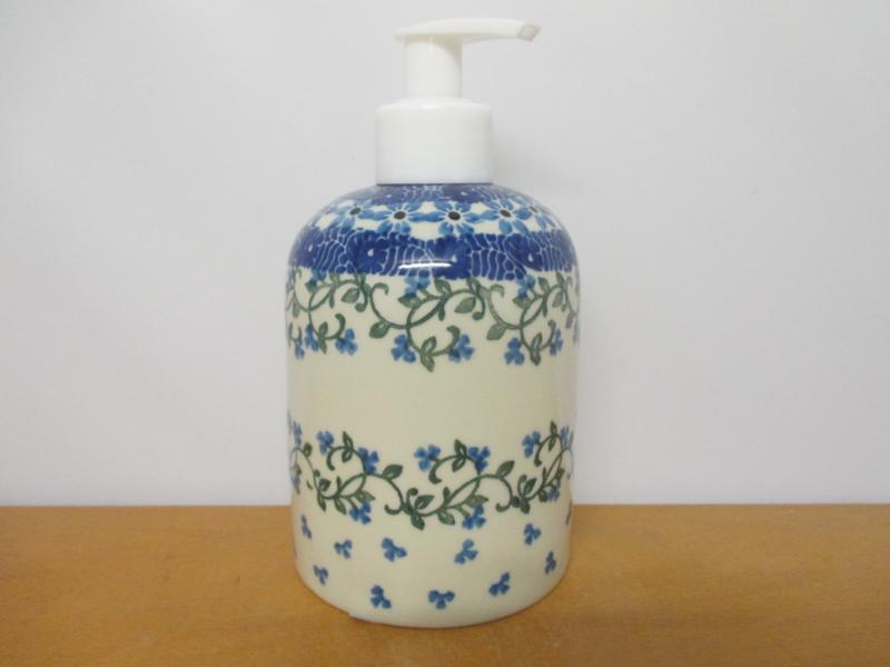 Soap dispenser 1820