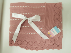 Vistiendo Bebes, oud roze deken 516