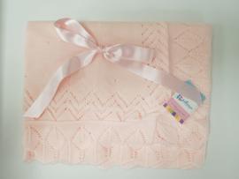 Vistiendo Bebes, roze deken 506
