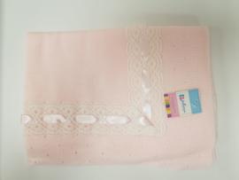 Vistiendo Bebes, roze deken 750