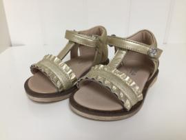 Florens, gouden sandalen