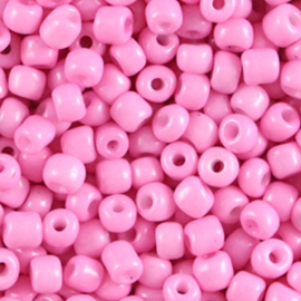 Candy pink 6/0 4 mm.