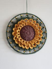 Haakpakket Mandala Sunflower 25 cm.