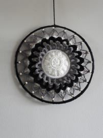 Haakpakket Mandala Flower Classic 25 cm.