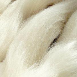 Lontwol ongeverfd 50 gram  - 210 Merino met Tussahzijde blend
