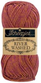 Scheepjes River Washed 957 Eisack