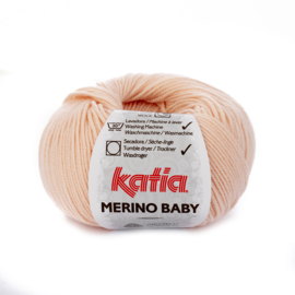 Katia Merino Baby 81 - Zeer licht bleekrood