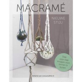 Macramé nieuwe stijl - Stefanie van Wendel de Joode