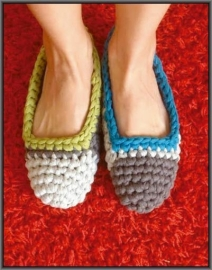 Big ribbon slippers kl 11 + Gratis Patroon