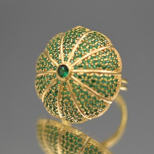 Ring sea-urchin green