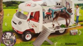 Schleich  ambulance