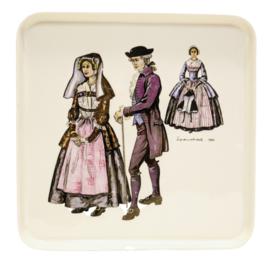 Taartschaal - Villeroy & Boch - Klederdracht - Zaanstreek 1780