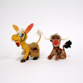 2 Vintage speelgoed dieren van hard plastic - Ezel en Buffel - jaren 70