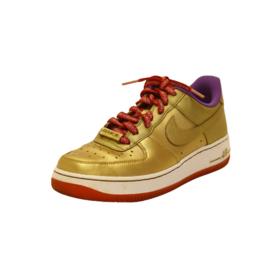 Nike and the Swoosh - Sneakers - Schoenen - Goud - Maat 38,5