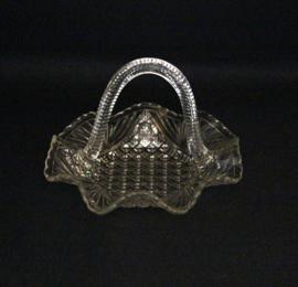 Glazen presenteerschaaltje met hengsel