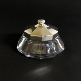 Kristallen Bonbonniëre met verzilverde Deksel