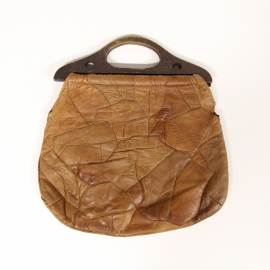 Lederen patchwork tas met houten hengsels