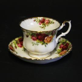 Kop en Schotel - Royal Albert - Old Country Roses
