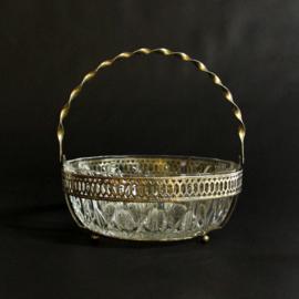 Vintage glazen hengselschaal met gedraaid hengsel