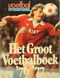 Voetbal International - Het Groot Voetbalboek '76 - '77