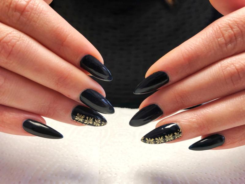 BBD Nail Academy is opgericht door Nail Artist Dellarina Schraa