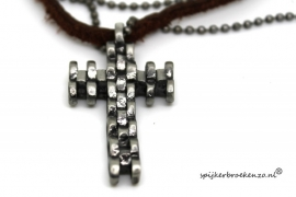 Retro ketting  cross