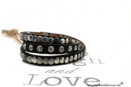 Armband diverse studs zwart