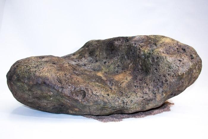 River Stone L
