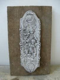 Steigerhout met ornament engeltjes